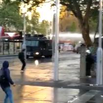 Se registran manifestaciones e incidentes en Plaza Italia