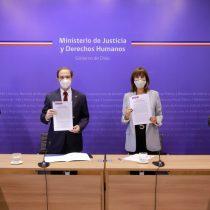 Ministerio de la Mujer y de Justicia darán asesoría legal gratuita a mujeres víctimas de vulneraciones a sus DD.HH