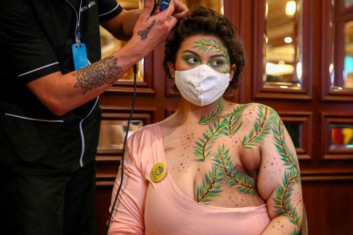 """""""Cicatrices de Honor"""", la lucha contra el cáncer de mama en Ecuador"""