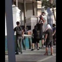 Desconocidos lanzan bombas molotov y piedrazos a la 20ª Comisaría de Puente Alto