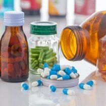 ¿Se puede tratar la covid-19 'reciclando' fármacos ya conocidos?