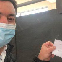 Diputado UDI infringió ley electoral al subir foto de su voto en Instagram