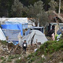 """Médicos Sin Fronteras denuncia """"respuesta negligente y peligrosa al Covid-19"""" en el campo de refugiados de Vathy"""