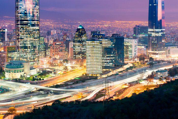 Disminuye interés por vivir en Las Condes: hasta un 40% bajó la demanda por departamentos usados