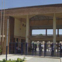 No llegó ningún alumno: El fallido retorno a clases presenciales en liceo de Pirque