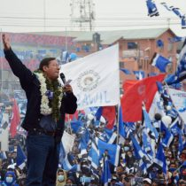 Cayó el telón en Bolivia: las claves del rotundo triunfo de Luis Arce