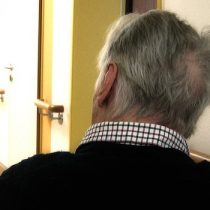 Científico desarrolla terapia que podría retrasar el envejecimiento cerebral en adultos mayores