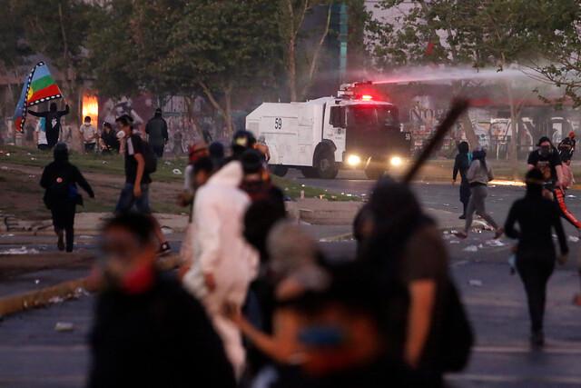 1.500 manifestantes y 8 detenidos: Carabineros califica últimas protestas como