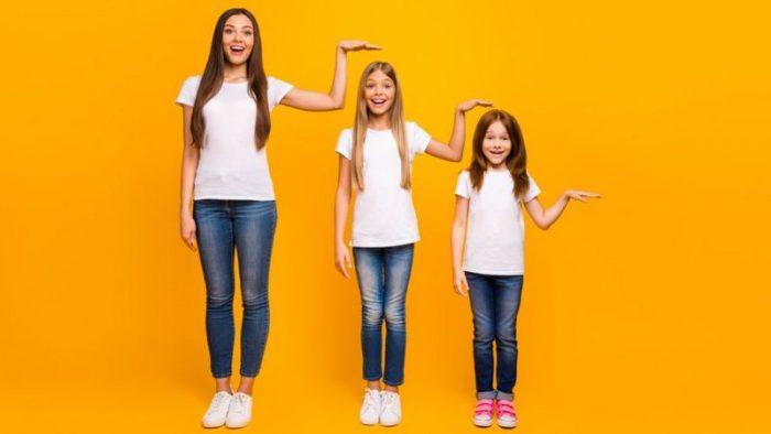 ¿Niños altos o bajos? La clave está en la alimentación (y no solamente en los genes)