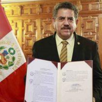 Quién es Manuel Merino, el presidente del Congreso de Perú que reemplaza al destituido Martín Vizcarra