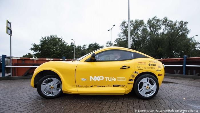 Luca, el auto eléctrico hecho con residuos domésticos y materiales reciclables