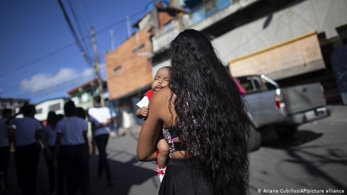 """ONU: """"El embarazo adolescente es una fábrica de pobres en América Latina"""""""