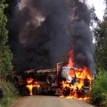 Contulmo: Trabajadores fueron maniatados y golpeados durante ataque incendiaron a faena forestal