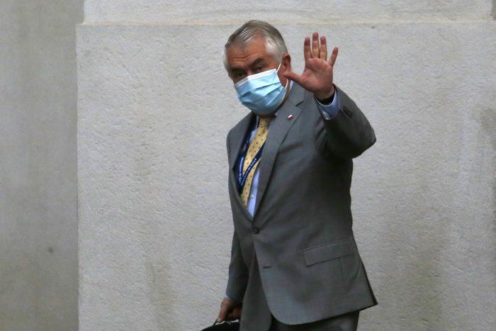 Paris dice que Minsal todavía no entrega correos electrónicos a Fiscalía porque