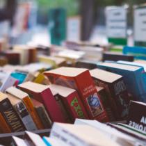 Feria del libro de Ñuñoa en Plaza Ñuñoa
