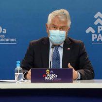 """Minsal reporta 1.318 casos y 45 fallecidos por covid-19: siete comunas avanzan en el plan """"Paso a Paso"""""""