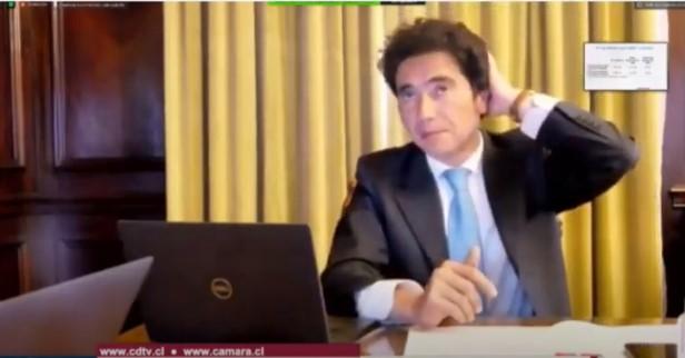 """Vuelve el polémico """"autopréstamo"""": Briones se cierra a flexibilizar tramos para el pago de impuestos e insiste en el reintegro en segundo retiro del 10%"""