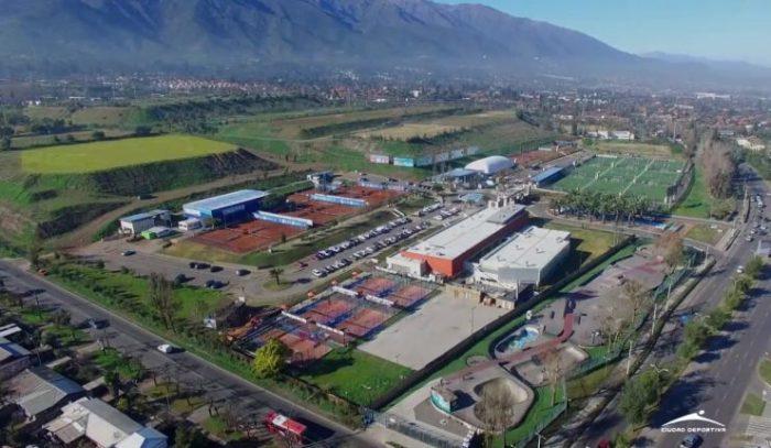 Providencia: ciudad deportiva y estacionamientos