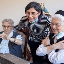 Alianza público-privada permitirá mejor conectividad en residencias de adultos mayores y personas con discapacidad
