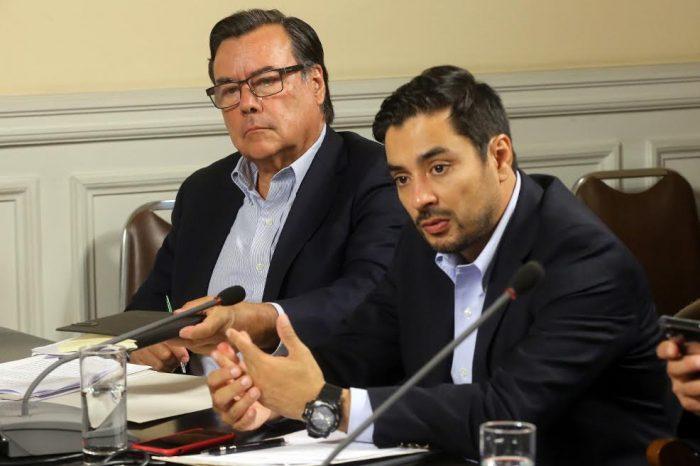 """Diputados UDI piden al Fiscal Nacional y al presidente de la Corte Suprema descartar públicamente que los detenidos en el estallido social sean """"presos políticos"""""""