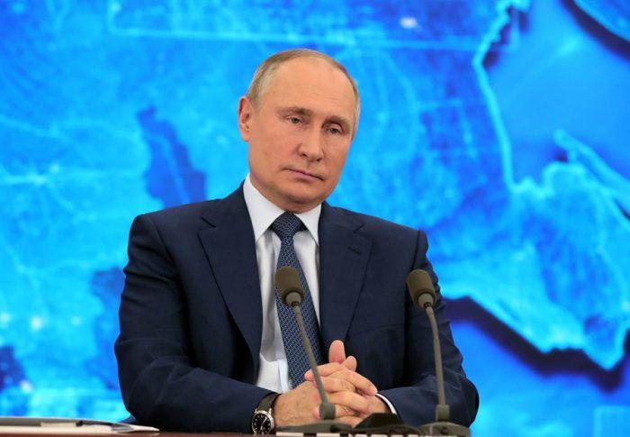 Putin promete que se vacunará sin falta contra Covid-19 con la Sputnik-V cuando funcione para personas mayores a los 60 años