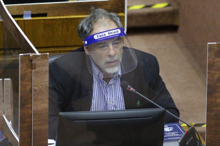 Senador Girardi pide no relajar medidas sanitarias ante llegada de vacuna contra el covid-19