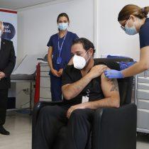 Ministro Paris e inicio de proceso de vacunación en Chile: