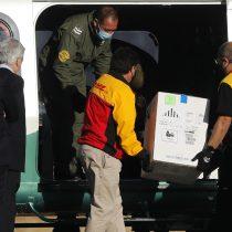 Llega segundo cargamento de vacunas contra el Covid-19 de Pfizer: serán llevadas a las regiones de Tarapacá, Valparaíso, El Maule, Los Ríos y Los Lagos