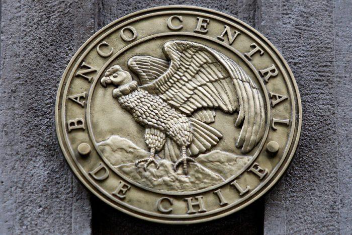 Banco Central acordó mantener la tasa de interés de política monetaria en 0,50% y las medidas no convencionales de apoyo a la liquidez y el crédito