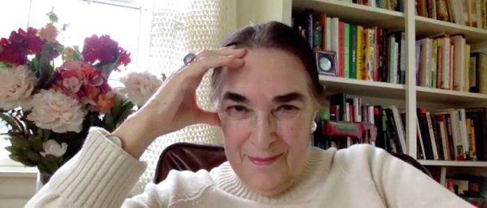 Escritora Elizabeth Subercaseaux: «Los estallidos son empujones que le da el pueblo a la historia»