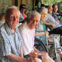 Adultos mayores en las Cuatro Villas: No es lugar para los viejos