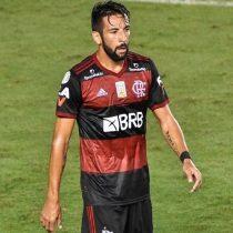 Flamengo de Mauricio Isla se quedó con el duelo de chilenos tras vencer al Palmeiras de Benjamín Kuscevic
