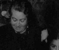 """""""De mujer a mujer"""", la sororidad de Mistral con las exiliadas españolas"""