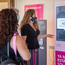 Instalan primer tótem educativo-informativo sobre cáncer de mama en CRS Cordillera Oriente