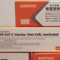 Director de Cenabast cree que vacuna de Sinovac contra el covid-19 podría llegar a Chile a mediados de enero