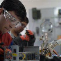 Proyecto une reciclaje, robótica e inclusión laboral para mitigar el impacto ambiental de la basura electrónica