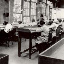 Las chicas del radio: su empresa les ocultó los riesgos de la radiación