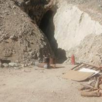 Derrumbe en mina en la comuna de Tierra Amarilla deja a dos mineros atrapados