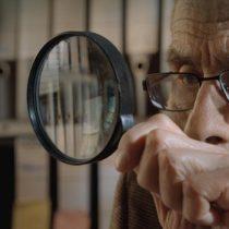 """Película """"El Agente Topo"""" de Maite Alberdi es nominada a los Premios Goya"""