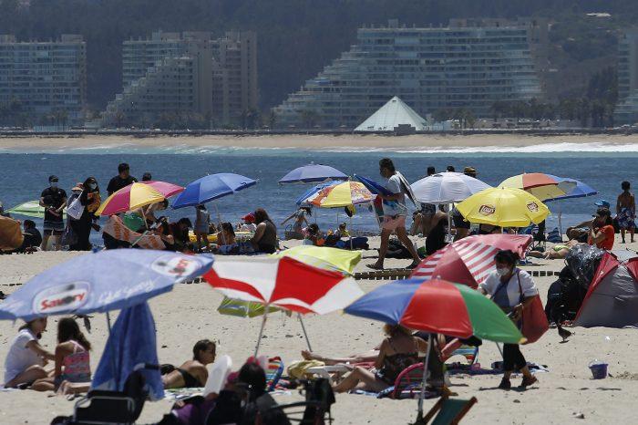 """Izkia Siches pide a gobierno """"reflexionar sobre el permiso de vacaciones"""""""