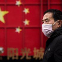 Familiares de víctimas de COVID-19 en Wuhan denuncian que el gobierno chino los quiere callar