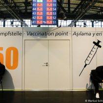 Crecen críticas en Alemania ante escasez de estrategia de vacunación