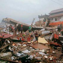 Sube a 26 cifra de muertos por terremoto en Indonesia