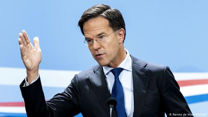 Dimite en bloque el gobierno holandés tras escándalo de ayudas familiares