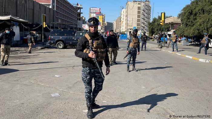 Doble atentado suicida en Bagdad mata al menos 13 personas
