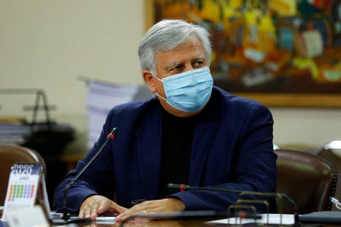 Diputado Saavedra por eventual salida de ministro Briones: