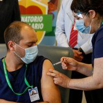 """El retroceso de los escépticos en la """"guerrilla"""" de Twitter por las vacunas COVID-19"""