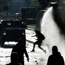 Nuevas manifestaciones cerca de La Moneda por los presos del estallido