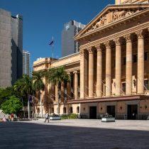 Australia confina a su tercera ciudad más poblada tras confirmar contagio con cepa británica de covid-19