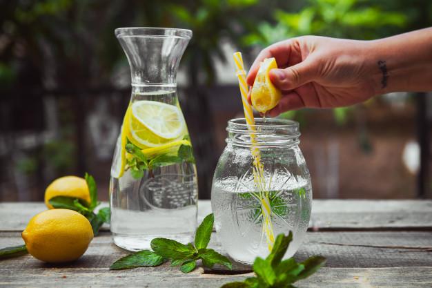 Batidos detox y bebidas isotópicas: ¿Son recomendables en una dieta equilibrada?